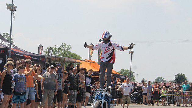 Tisíce motorkářů a návštěvníků zamířily na Euro Bike Fest do pasohláveckého kempu Merkur.