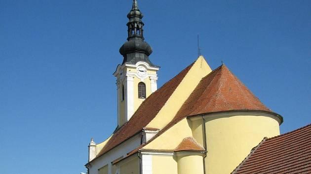 Popičtí mohou přispět na opravu střechy kostela svatého Ondřeje ze 17. století.