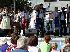Folklorní festival Sousedé v Mikulově.