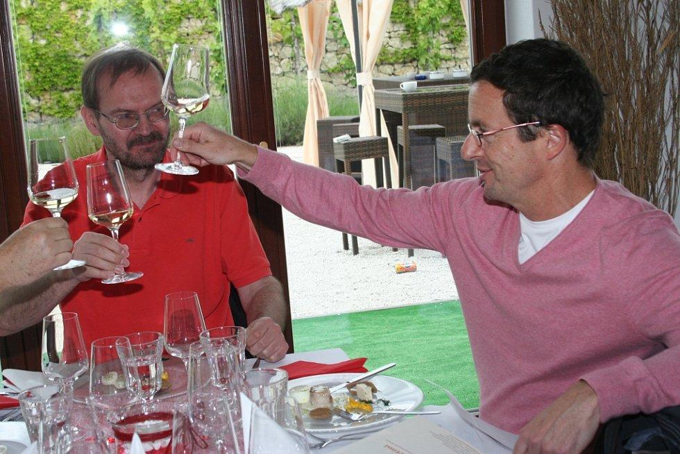 V pěti mikulovských restauracích připravovali špičkoví čeští kuchaři jídla inspirovaná pěti různými kuchyněmi.