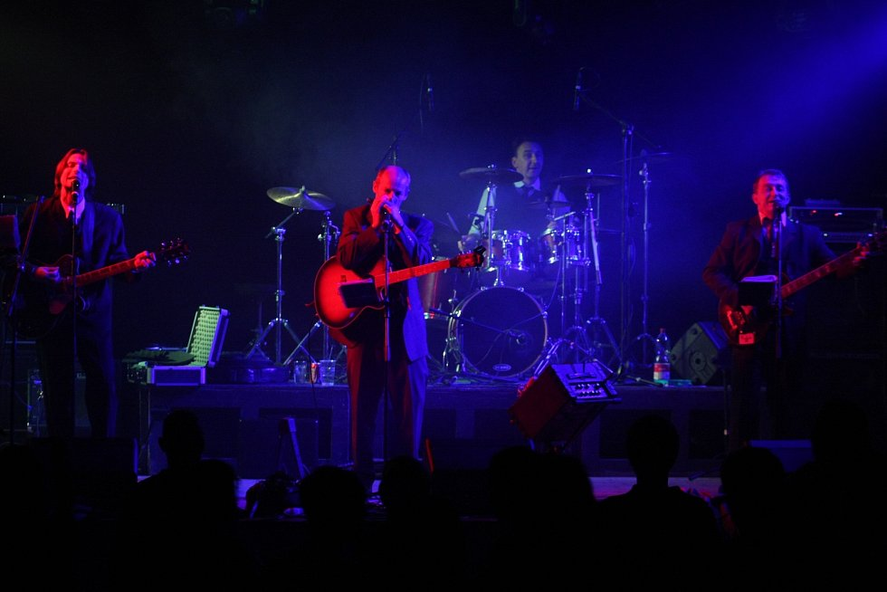 V Ozvěnách břeclavského rocku vystoupily kapely Lazy Dogs, HB Stop, Tonic, The Teachers a AFB.