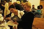 V Kloboukách u Brna se uskutečnila dobročinná aukce, jejíž výtěžek půjde na stavbu nového zázemí zdravotně postižených.