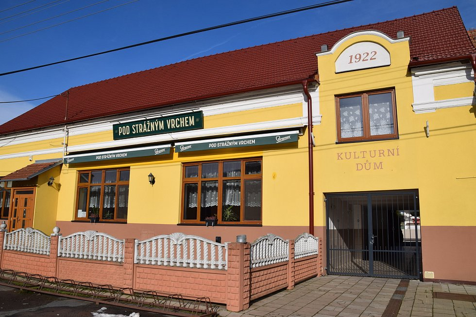 Budova restaurace s kulturním domem
