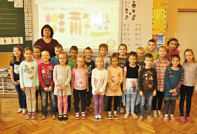 Žáky 1.třídy Základní školy vMoravské Nové Vsi učí Vlastimila Matúšková