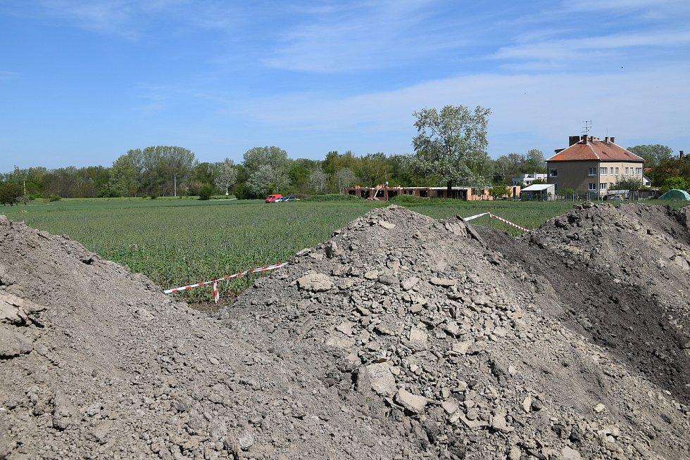 Naproti bývalému zemědělskému družstvu vzniká nová ulice s rodinnými domky