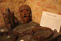 Muzeum útrpného práva ve Valticích letos láká na další mučící nástroje.