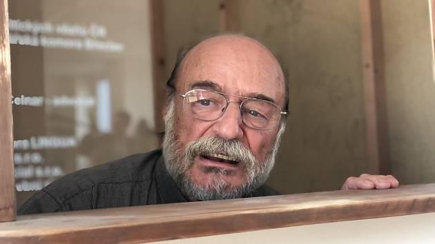 Film BrecLIVE s Pavlem Novým.