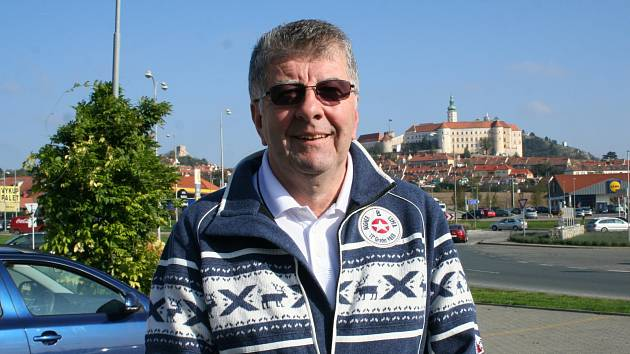 Německý občan Muiko Kučevič se rozhodl usadit na jižní Moravě, teď se cítí podvedený.