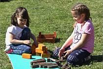 Zábava pro celou rodinu čeká v Němčičkách. Místní arboretum nabízí pastvu pro oči i herní vyžití pro děti.