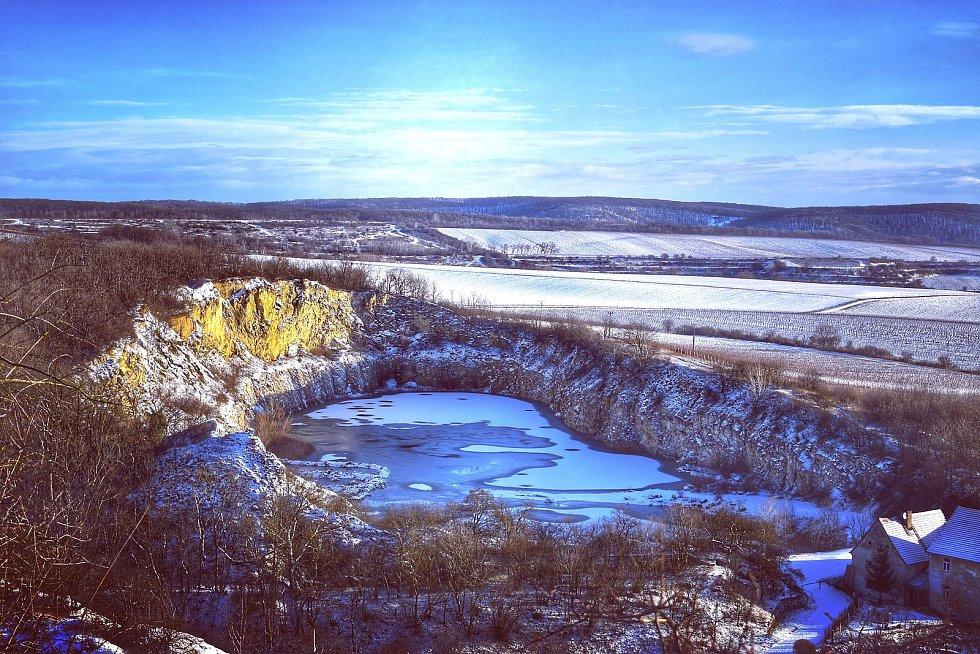 Mikulovský Svatý kopeček a jeho zimní nádhera. Foto: Jana Úlehlová