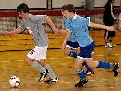 Mládežníci změřili síly v hustopečské sportovní hale.