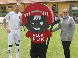Hokejový útočník Jakub Voráček (na snímku) pořádal v Mikulově 3. ročník charitativní akce Hokejky pro Kluka Puka.
