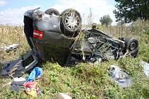 Šestatřicetiletá žena zahynula dnes po jedenácté hodině dopoledne při dopravní nehodě na křižovatce u Rakvic.