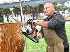 V Břeclavi se koná šesté dřevosochání.