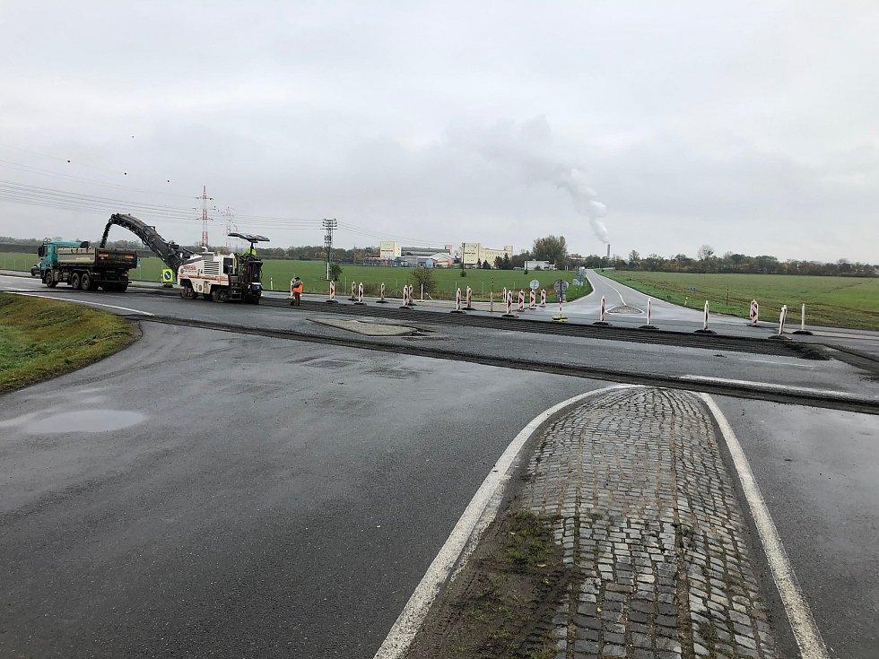 U Pohořelic začaly v pondělí opravy křižovatky na I/52 a I/395.