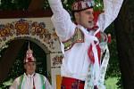 Letošní Stárek Podluží Stanislav Popela z Perné tancuje hošije