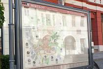 V dolní části mikulovského Náměstí vyrostl na začátku jara zvukový interaktivní panel s mapou města.