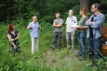 Kontrola kompenzačních opatření v okolí Břeclavi kvůli výstavbě obchvatu města.