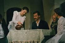 Boleradičtí ochotníci si připomněli pětadvacet let od premiéry historicky nejúspěšnějšího představení spolku Rok na vsi spisovatele Aloise Mrštíka.