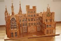 Dřevěné miniatury zdobí Lednicko-valtický areál.