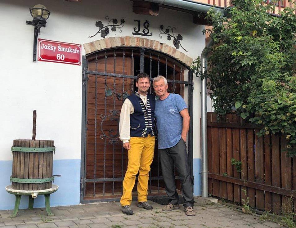 Marek Šalanda při svém putování Slováckem, které nazval poeticky Slovácko sa nenudífoto: osobní archiv Marka Šalandy