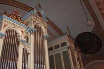Starovičtí opravili více než sto let staré varhany. Generální oprava stála 650 tisíc. Poprvé je lidé uslyší v neděli na slavnostní mši a varhanním koncertu.
