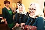 Břeclavské kino hostilo konferenci Živý folklor. Přednášek  se ujala řada zajímavých lektorů. Součástí akce byla i výstava tradičních výrobků a koncert kapely Ponk.
