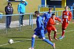 Břeclavští fotbalisté (v modrém) nestačili na Líšeň ani podruhé.