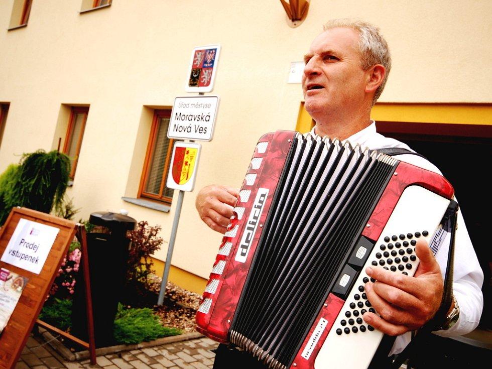 Festival otevřených sklepů na Podluží.