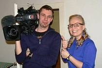 Zpěvačka a studentka jaderné fyziky Karolína Osičková zaujala štáb České televize.