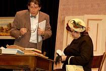 S lidovou komedií Okénko přijel návštěvníky přehlídky pobavit starovičský divadelní spolek Kadet.