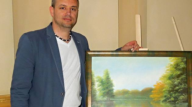Malíř Libor Vymyslický vystavuje své obrazy do konce května v polském Ladek Zdrój.