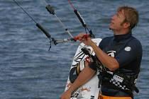 Kiteboarding. Ilustrační foto.