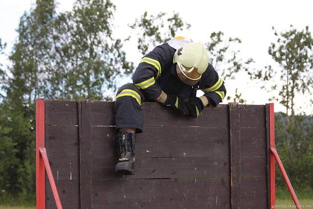 Václav Bažant začínal ve Velkých Němčicích na Břeclavsku jako dobrovolný hasič. Před pár týdny se však stal profesionálem. Slouží vlibereckém hraji na stanici Česká Lípa. Foto: archív Václav Bažant
