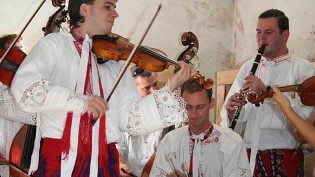 Cimbálová muzika ve Valticích