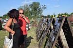 Areál zemědělského družstva v Sedleci hostil jedenáctý ročník Festival sedleckých vín. Prošly jím na dva tisíce lidí.