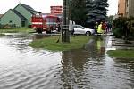 Až do výše jednoho a půl metru zaplavila voda z přívalových dešťů na dvanáct sklepů v domech ve Vranovicích.