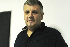 Pořadatel Tomáš Tesař.