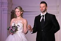 Šaty, líčení, účesy či slavnostní tabule. Budoucí nevěsty i další zájemci mohli v sobotu načerpat inspiraci na Svatebním dni v jízdárně valtického zámku.