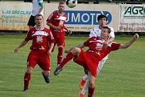Břeclavští fotbalisté vypadli z českého poháru po porážce od Velkého Meziříčí.