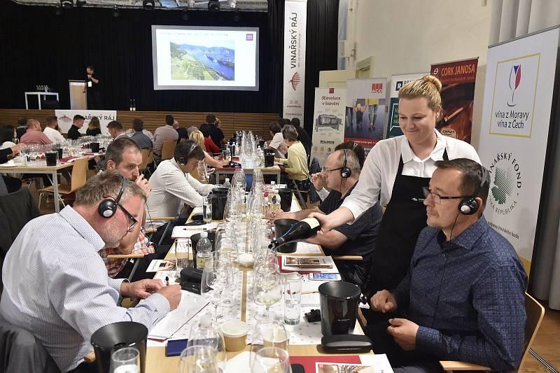 Letošního ročníku soutěže Oenoforum se zúčastnilo 560 vín z České republiky a zahraničí. Foto: se souhlasem pořadatelů Oenofora