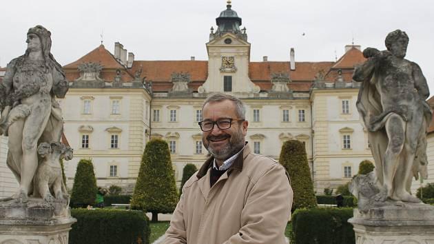 Kastelán valtického zámku Richard Svoboda.