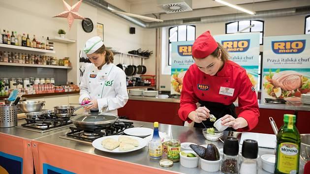 Studenti z Mikulova připravují recepty do soutěže Svačina roku Rio Mare