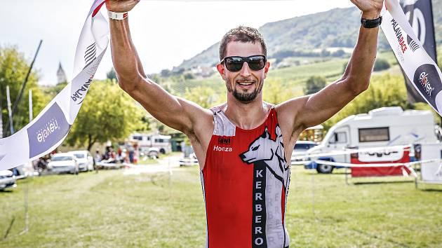 Vítězem premiérového Pálava Race se v neděli stal Jan Jakubíček z Kerberosteamu, který zvítězil  s téměř osmiminutovým náskokem.
