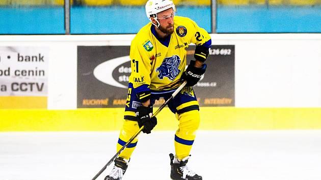 Ondřej Nedvěd naskočil do seniorského hokeje v břeclavském dresu.