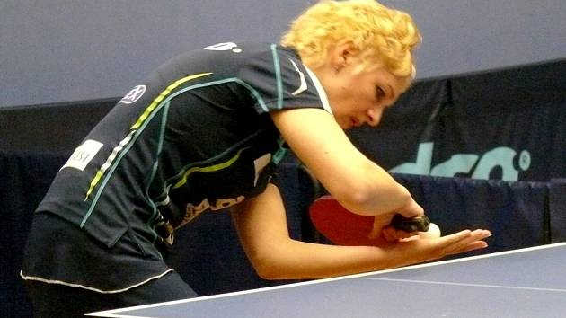 Maďarská dvojka v dresu MSK Vivien Ellö.