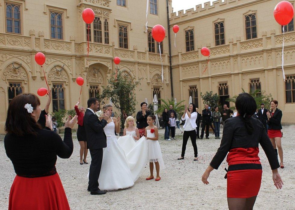 svatební party orgie