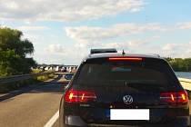 Oprava mostu je obvykle spojena s velkým omezením dopravy. Jako na silnici I/52 před mostem u Brodu nad Dyjí na Břeclavsku. Ilustrační foto