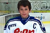 Břeclavský odchovanec Dalimil Mikyska je kapitánem hokejových osmáků Komety Brno.