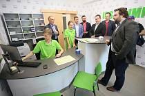 Cestujícím na břeclavském vlakovém nádraží nově slouží infocentrum Integrovaného dopravního systému Jihomoravského kraje.